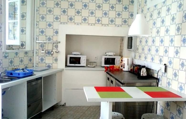 Go Hostel Lisbon - Services - 14