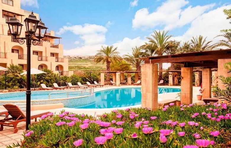 Kempinski San Lawrenz Resort - Pool - 17