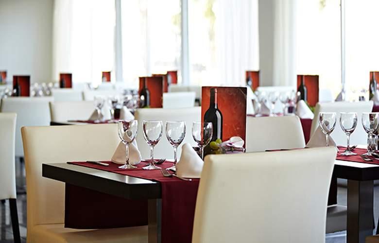 Grupotel Ibiza Beach Resort - Restaurant - 4