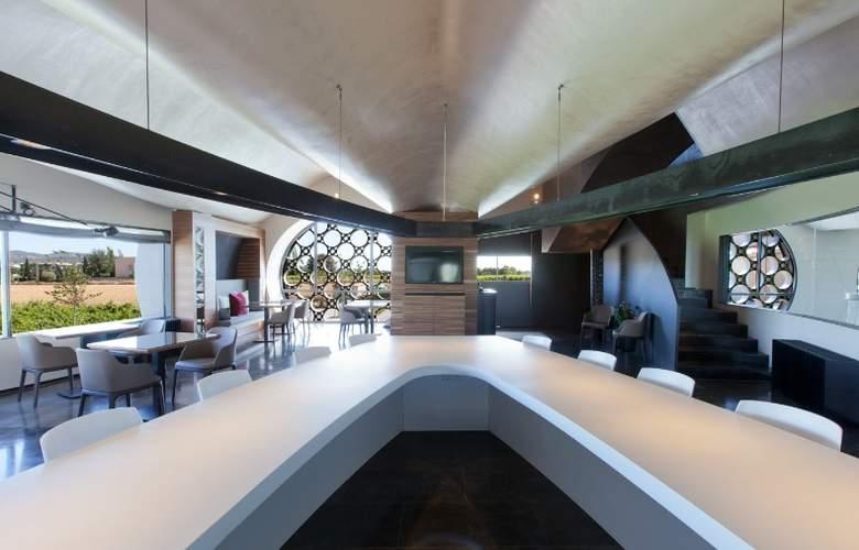 Domus Selecta Cava & Hotel Mastinell - Restaurant - 38