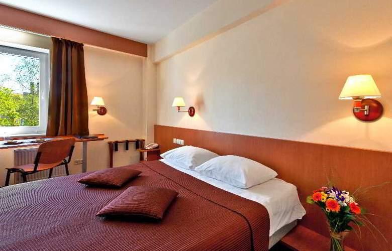 Europa City Vilnius - Room - 4