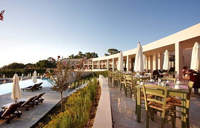 Atlantica Eleon Grand Resort and Spa - Restaurant - 5