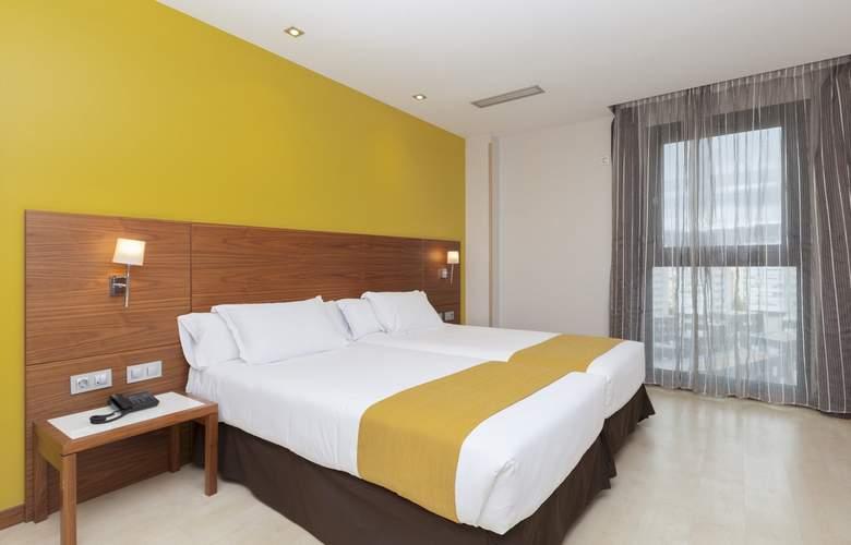 Gran Bilbao - Room - 14