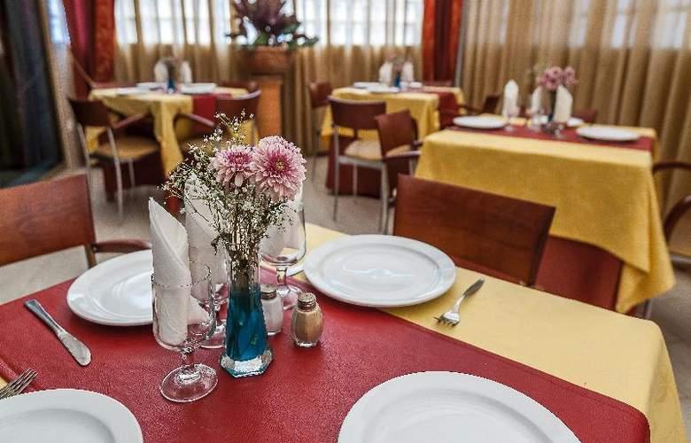 Eugenia Victoria - Restaurant - 23