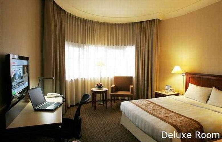 Holiday Inn Atrium - Room - 5