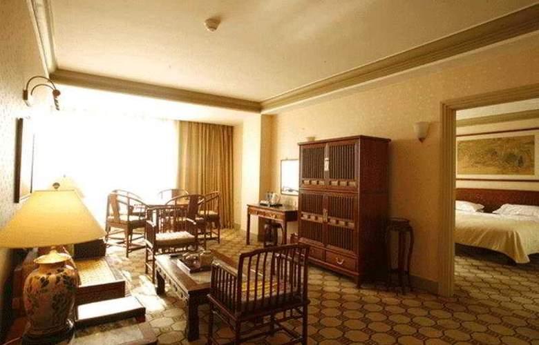 Grand - Room - 5