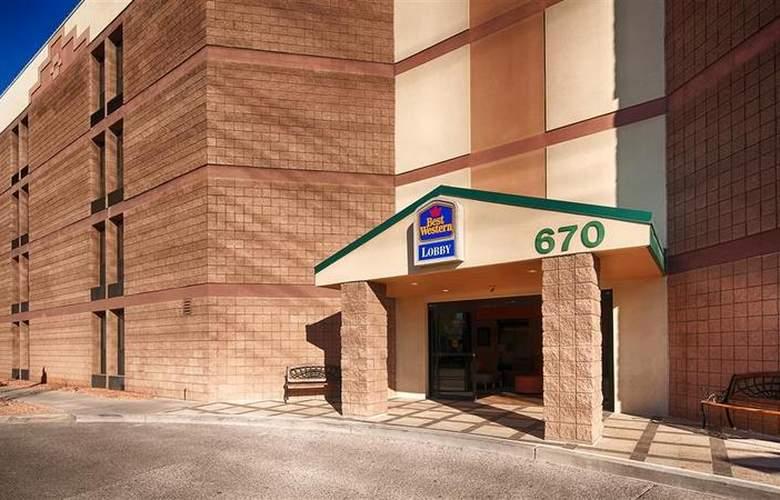 Best Western Inn of Tempe - Hotel - 32