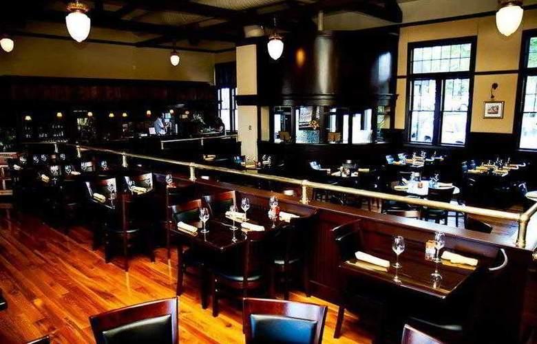 Best Western Town & Country Inn - Hotel - 24