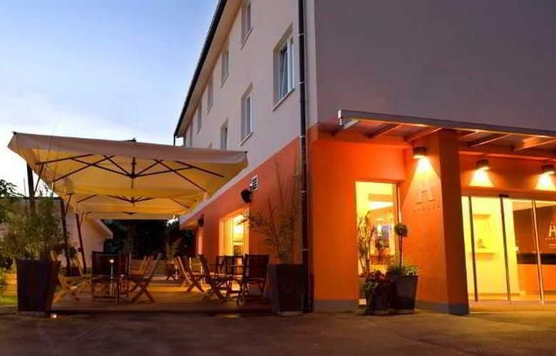 Ahotel Ljubljana - Hotel - 10