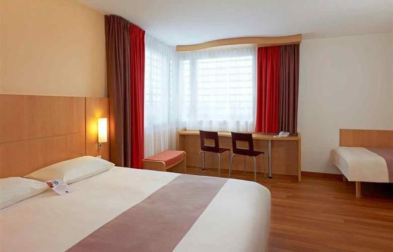 Ibis Warszawa Reduta - Room - 16