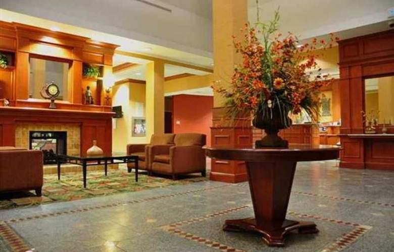 Hilton Garden Inn Ottawa Airport - Hotel - 0