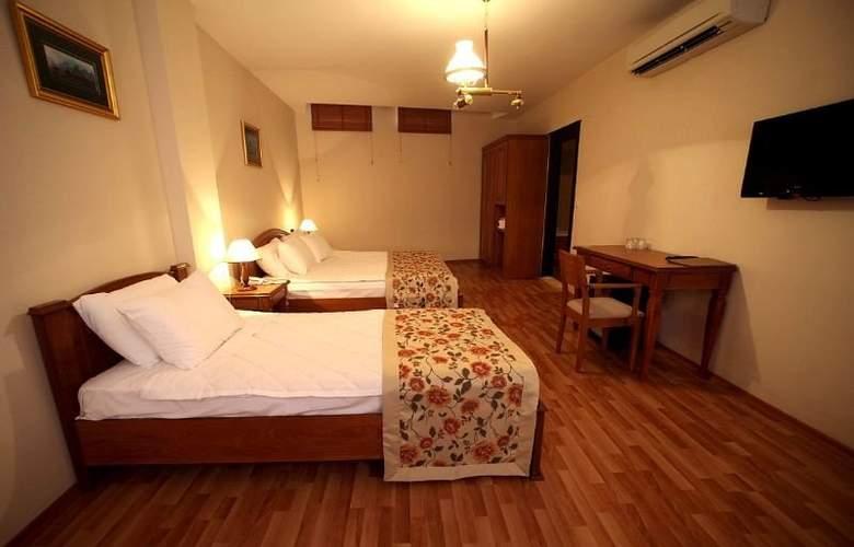 Lalinn Hotel - Room - 5