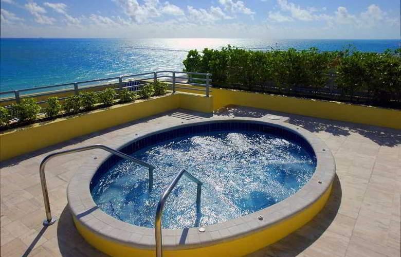 Hilton Bentley Miami Beach - Pool - 31