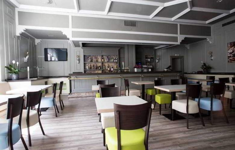 Palacio de Valderrabanos - Bar - 13