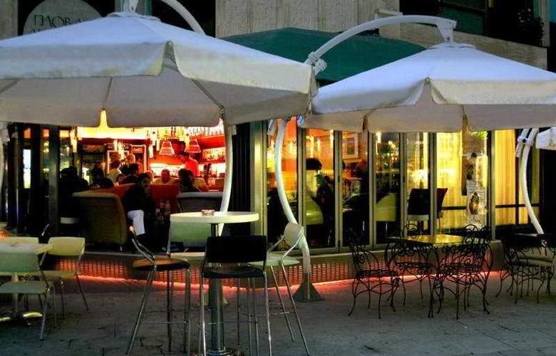Star Hotel - Bar - 3