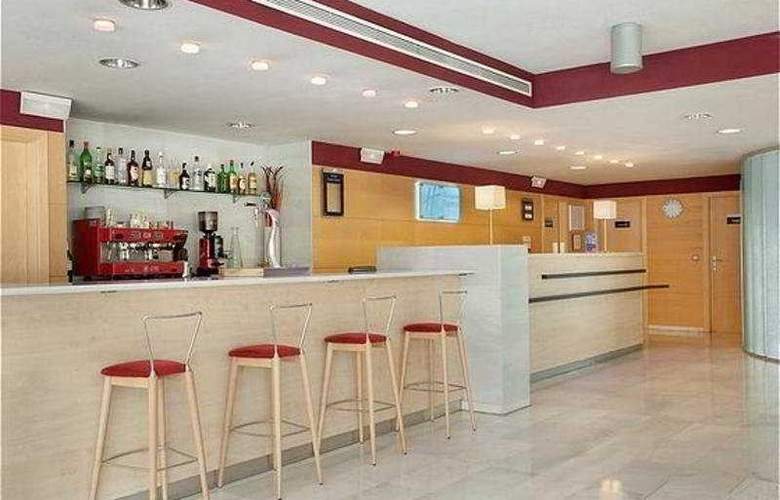 Holiday Inn Express Madrid-Alcorcon - General - 3