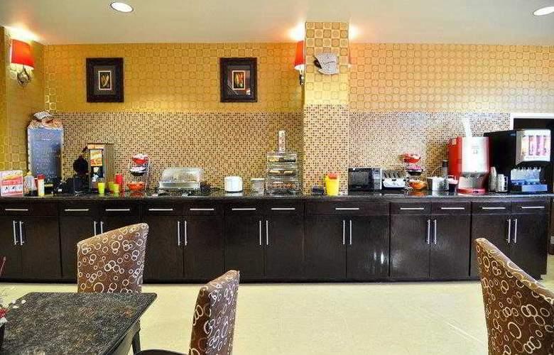 Best Western Plus Jfk Inn & Suites - Hotel - 12