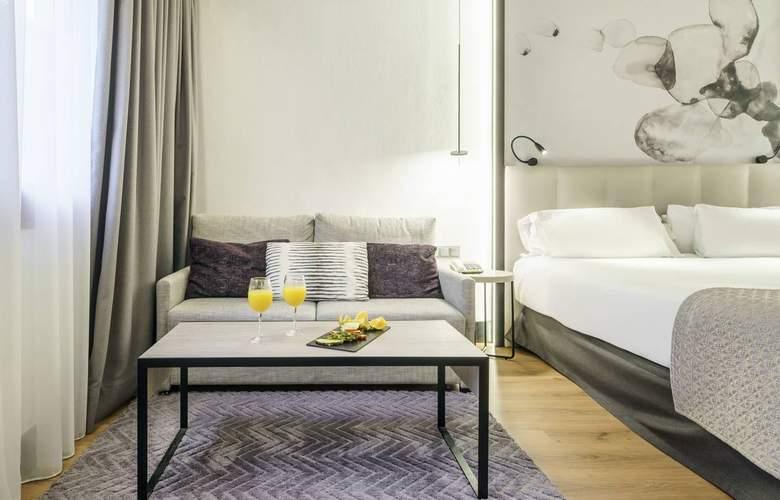 Ilunion Bilbao - Room - 11