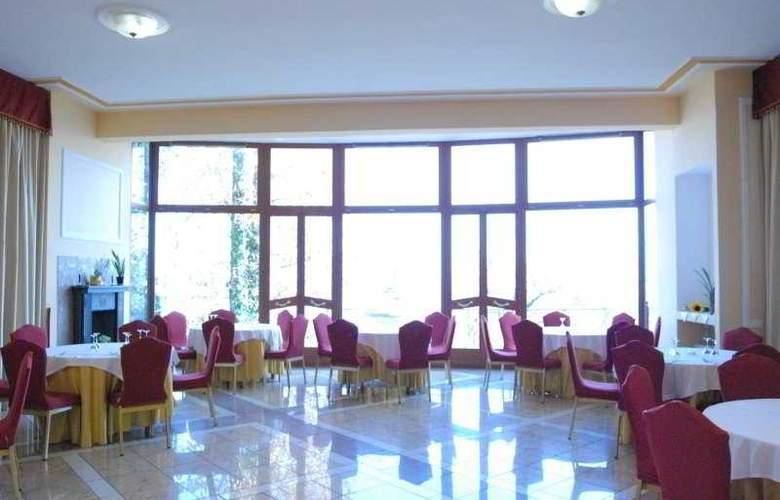 Royal Hotel Montevergine - Restaurant - 9