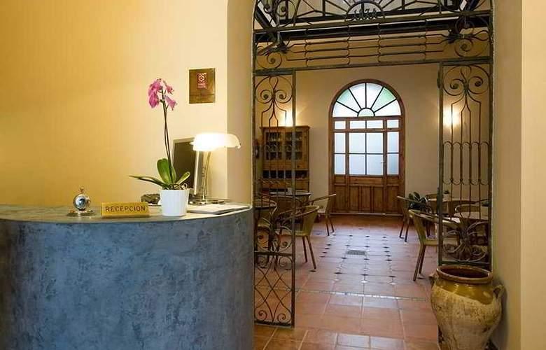 Montehueznar Spa - Hotel - 0