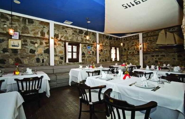 Otantik Club Hotel - Restaurant - 11