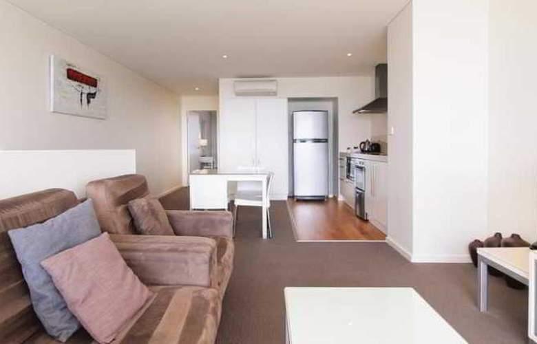Oaks Lure Apartments - Room - 8