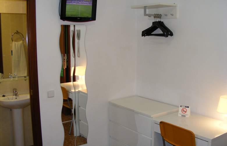 Catalunya Express - Room - 11