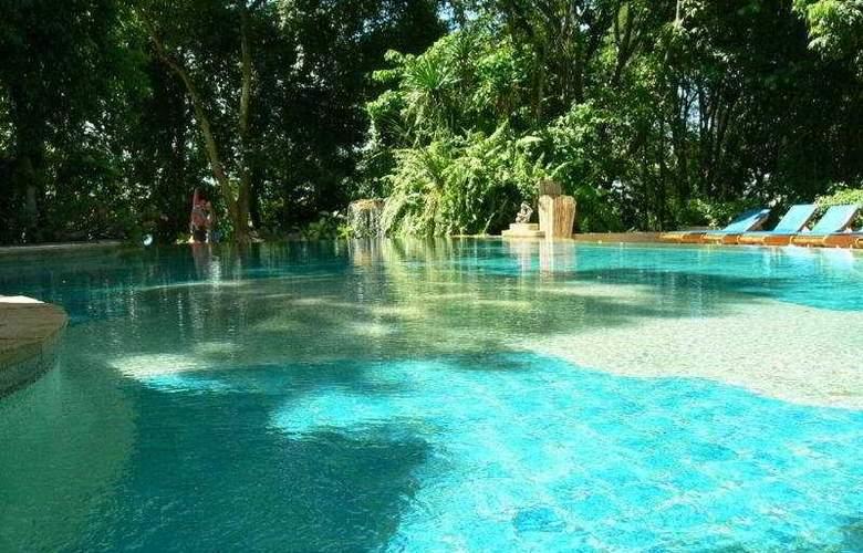 Fair House Beach Resort & Hotel - Pool - 10