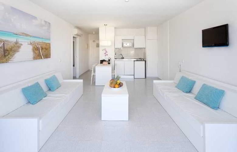 Marina Playa - Room - 2