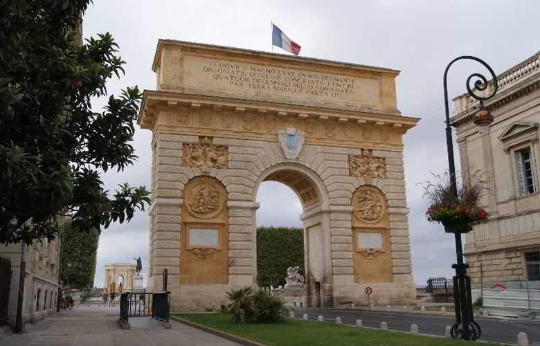 Kyriad Montpellier Centre Antigone - Sport - 11