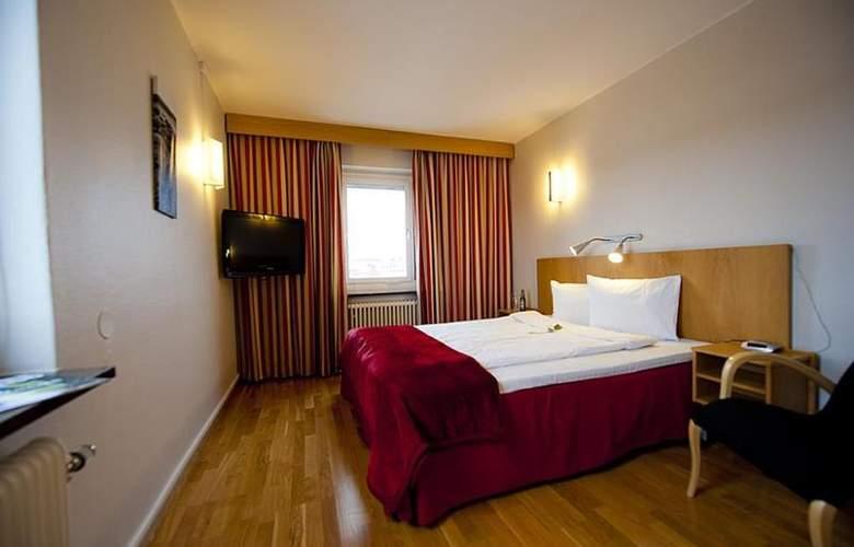 BEST WESTERN Hotel Tranas Statt - Room - 18