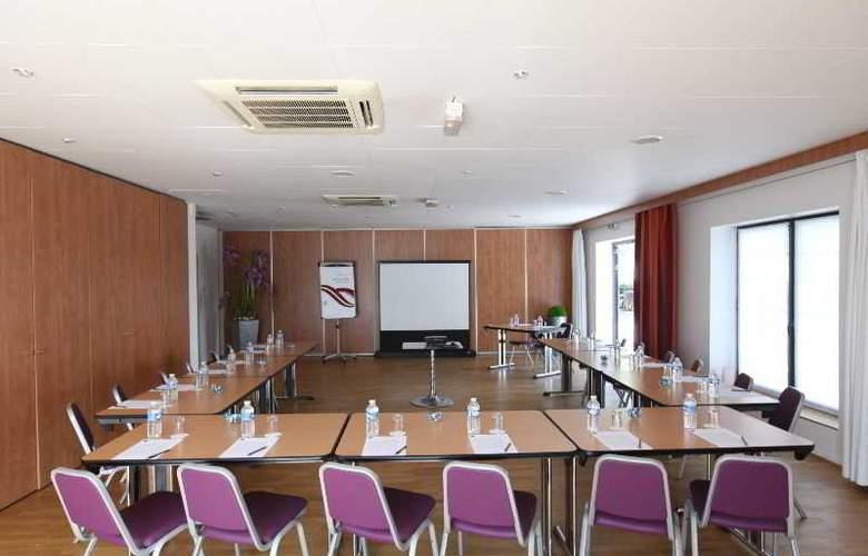 Quality Suites Bordeaux Aéroport & Spa - Conference - 11