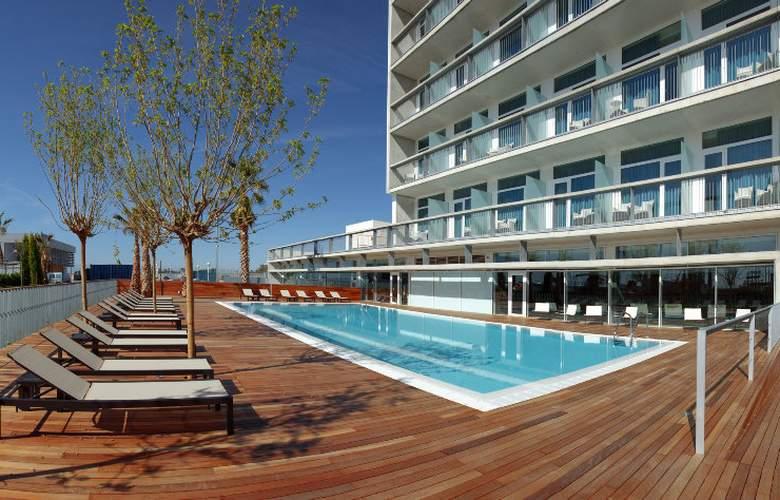 Atenea Port Barcelona Mataro - Pool - 8