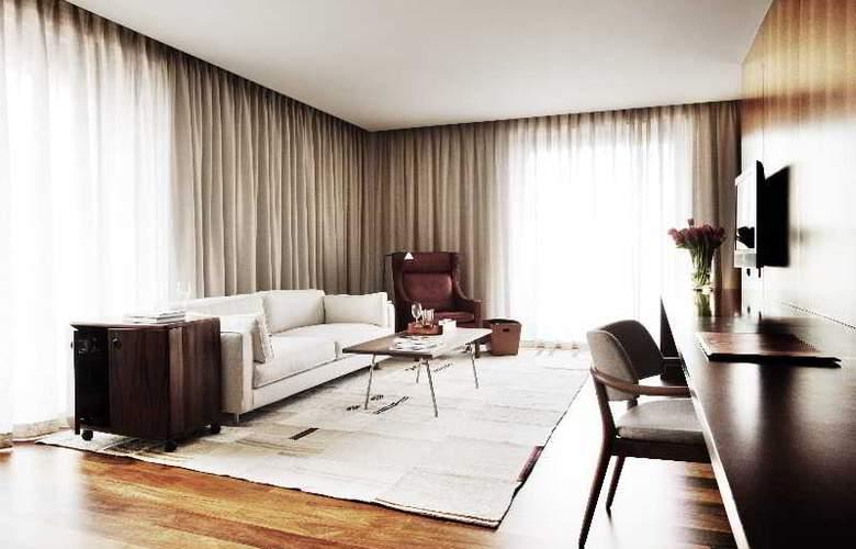 Square Nine Belgrade - Room - 1