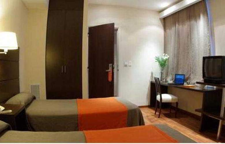 Gran Hotel Argentino - Room - 2