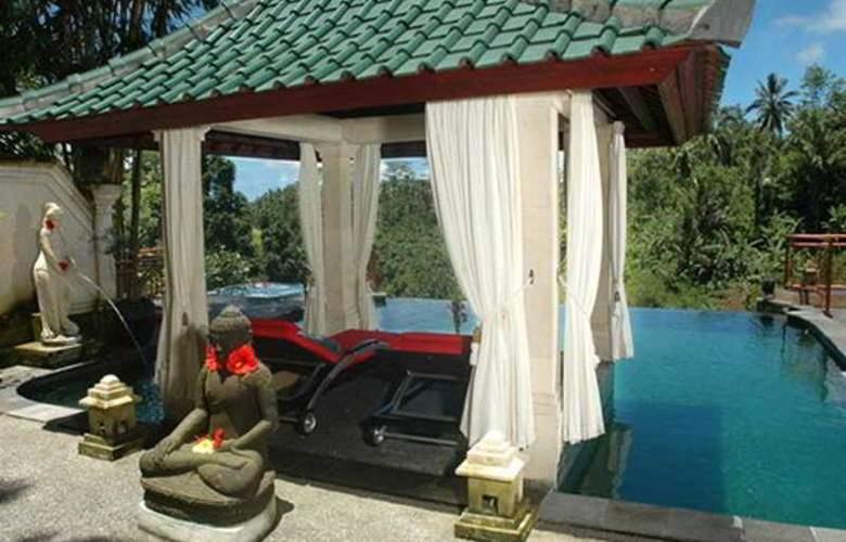 Tanah Merah Resort - Pool - 10