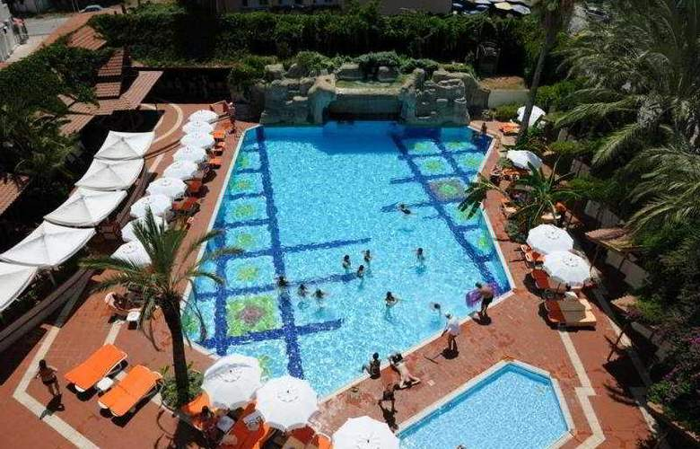 Elegance Hotels International Marmaris - Pool - 4
