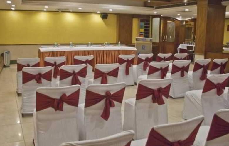 Swati - Conference - 7