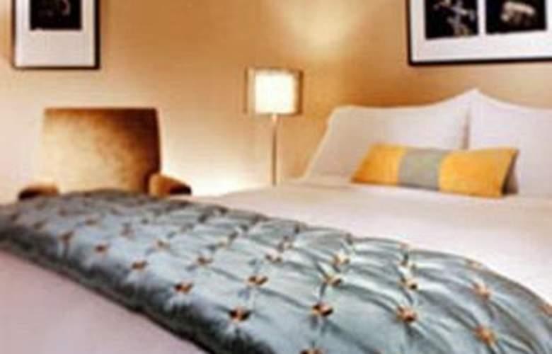 Delta Centre Ville Hotel - Room - 1
