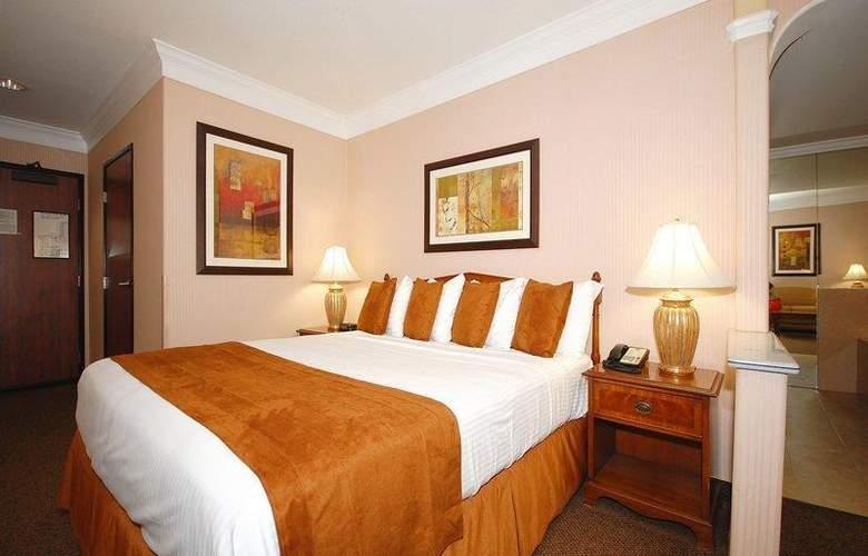 Best Western Plus Suites Hotel - Room - 50