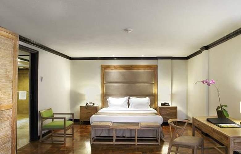 Sol Beach House Bali Benoa - Room - 18