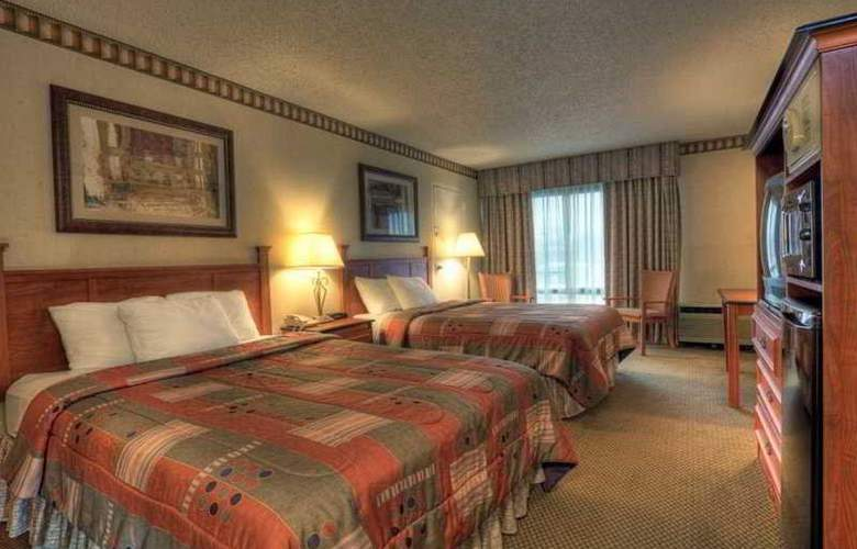 Clarion Inn - Room - 2