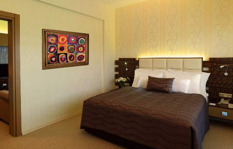 ORTY AIRPORT HOTEL - Room - 5