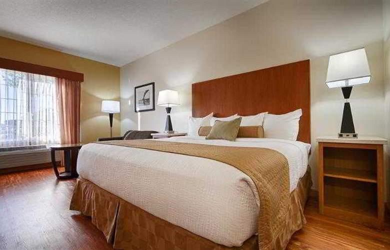 Best Western Plus Park Place Inn - Hotel - 47