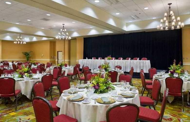Hilton Sacramento Arden West - Conference - 9