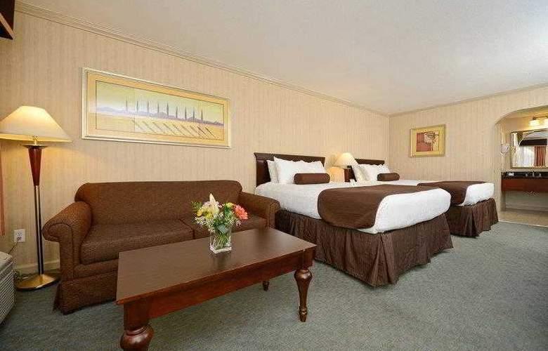 Best Western Plus Executive Suites - Hotel - 26