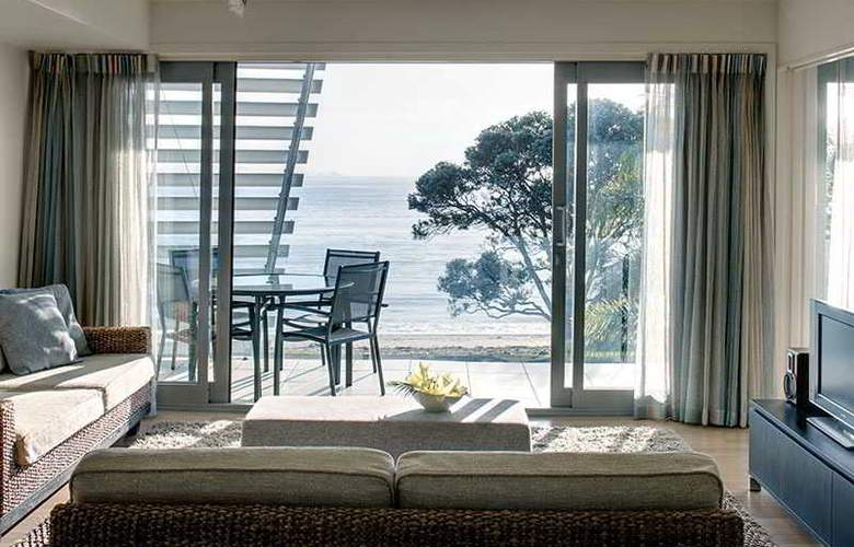 Sea Spray Suites - Room - 17