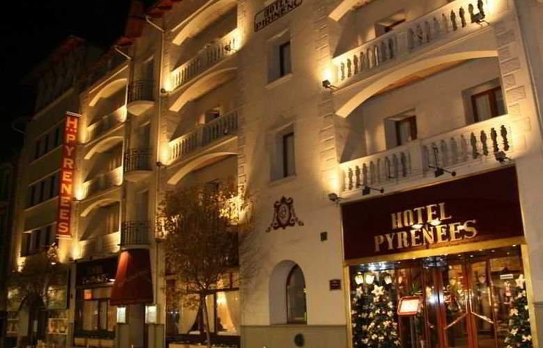 Pyrénées - Hotel - 0