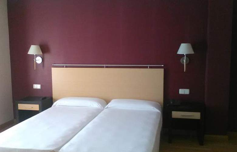All In Aranjuez - Room - 9