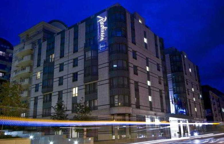 Radisson Red Brussels - Hotel - 0